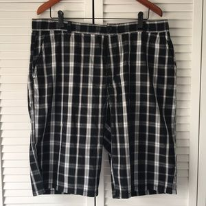 Other - NWOT mens DKNY shorts